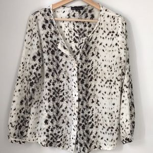 Violet & Claire Animal Print Career Top Women's M